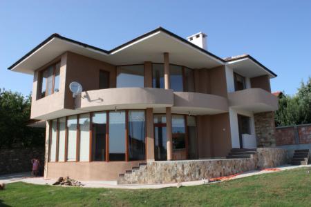 Дома за границей купить недорого